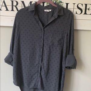 Beachloungelunch gray small button down shirt